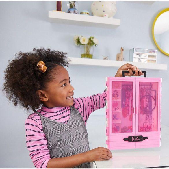 Accesorii Barbie Dulapiorul cu Umerase 4