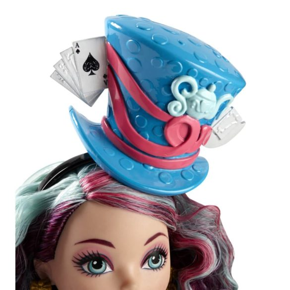 Ever After High Way Too Wonderland Papusa Madeline Hatter 4