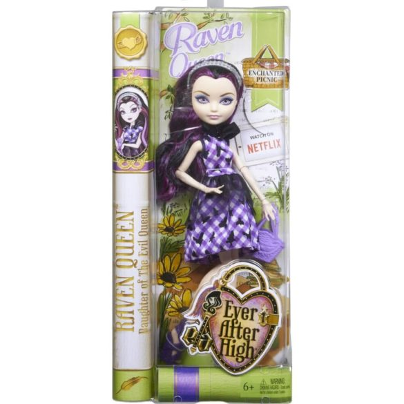 Ever After High Zi de Picnic Papusa Raven Queen 6