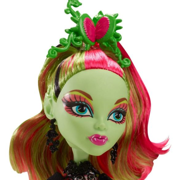 Monster High Colectia Gloom and Bloom Papusa Venus McFlytrap 2