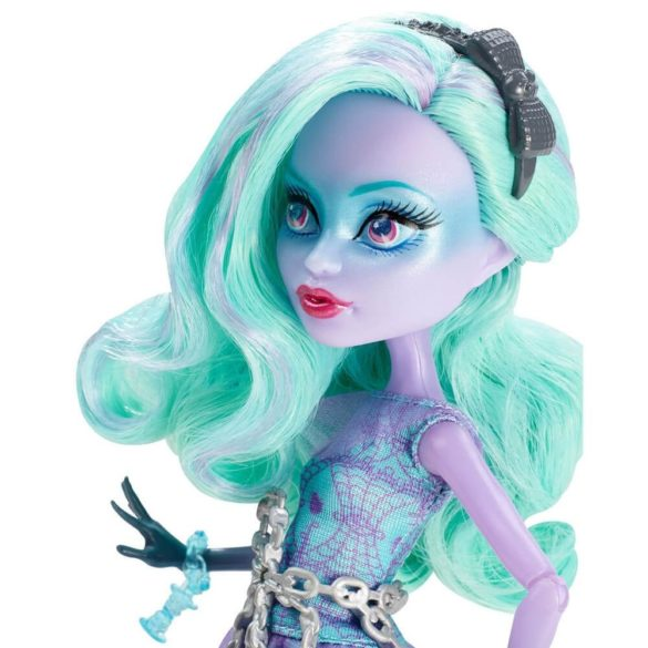 Monster High Haunted Papusa Twyla 4