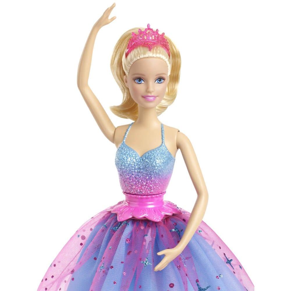 Papusa barbie danseaza si roteste te - Barbie danseuse magique ...