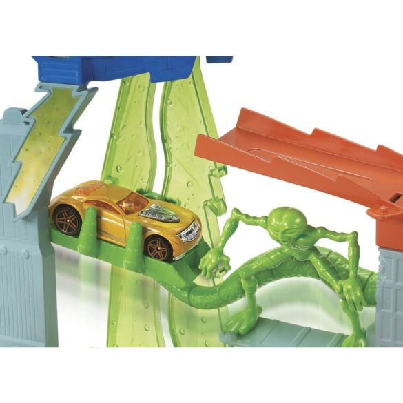 Pista Hot Wheels City Turbo Abduction 3