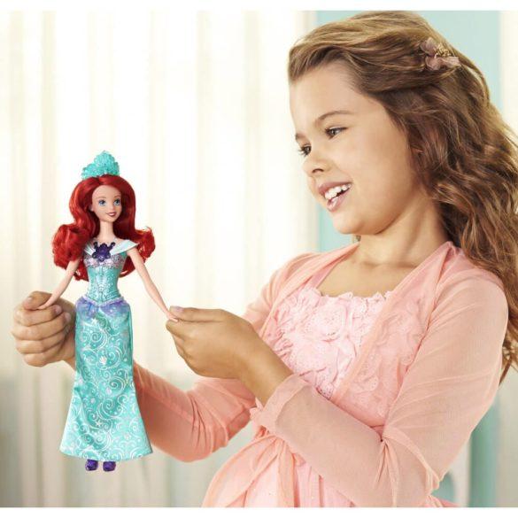 Printesele Disney Stralucitoare Papusa Ariel cu Lumini 2