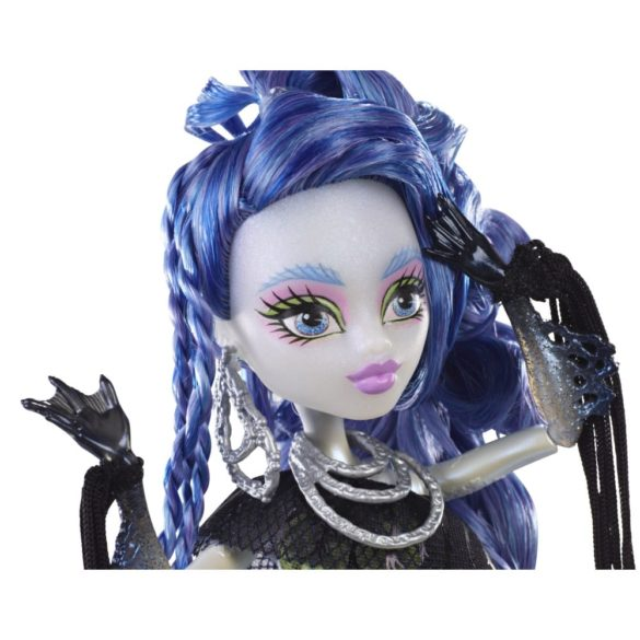 monster high freaky fusion papusa sirena von boo 5