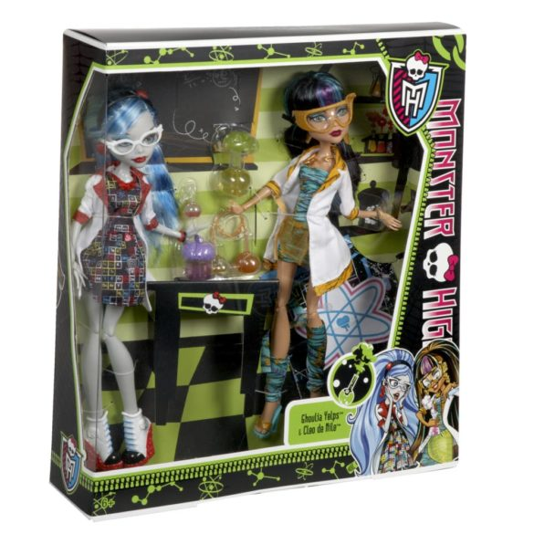 monster high papusi in clasa cleo de nile si ghoulia 5