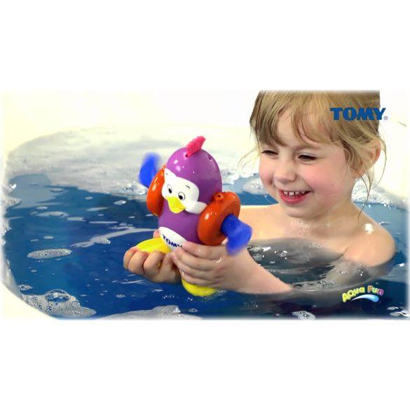pinguinul inoata si canta 2
