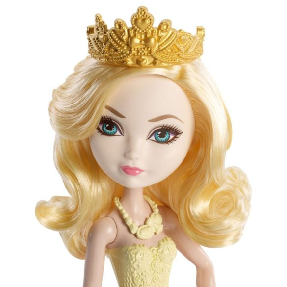 Ever After High Papusa Apple White 3