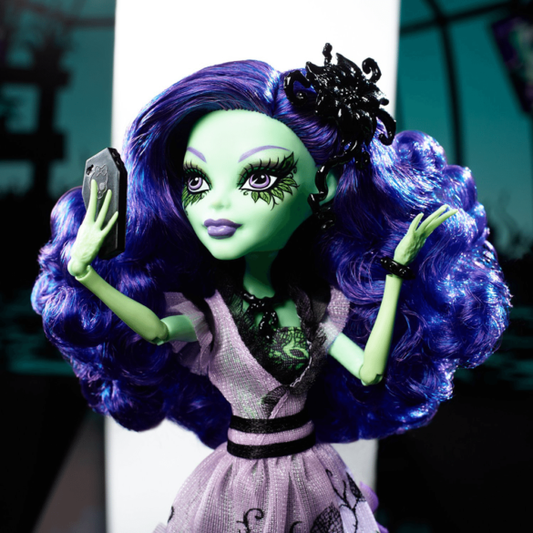 Monster High Papusa Amanita Nightshade 4