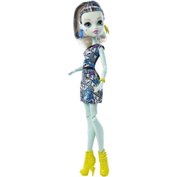Papusa Frankie Stein Colectia Clasica Monster High 4