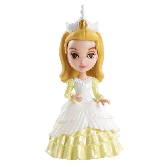 Figurina Amber la Petrecerea Ceaiului 1