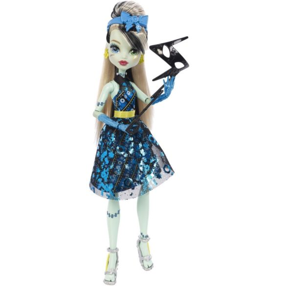 Papusa Frankie Stein Monster High Dance the Fright Away 1