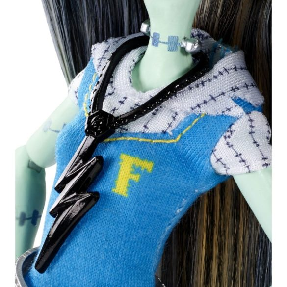 Papusa Frankie Stein Monster High Prima zi de Scoala 3