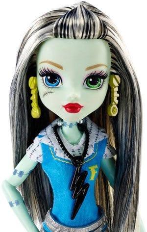 Papusa Frankie Stein Monster High Prima zi de Scoala