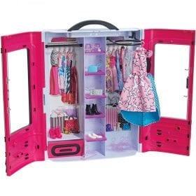 Mobilier Barbie Dulapul Tinutelor Fantastice
