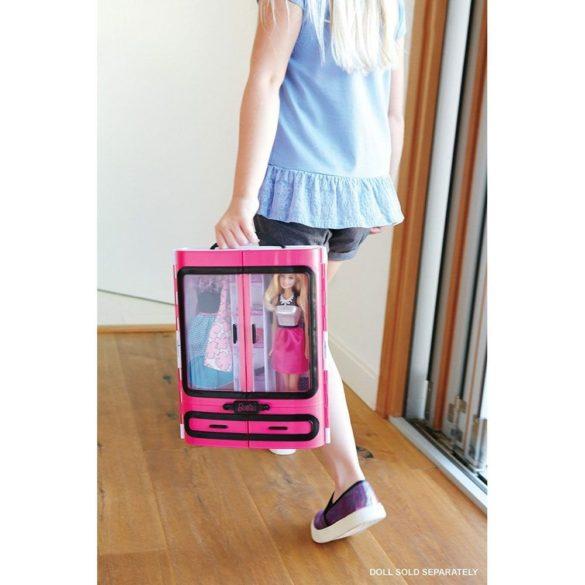 Mobilier Barbie Dulapul Tinutelor Fantastice 4