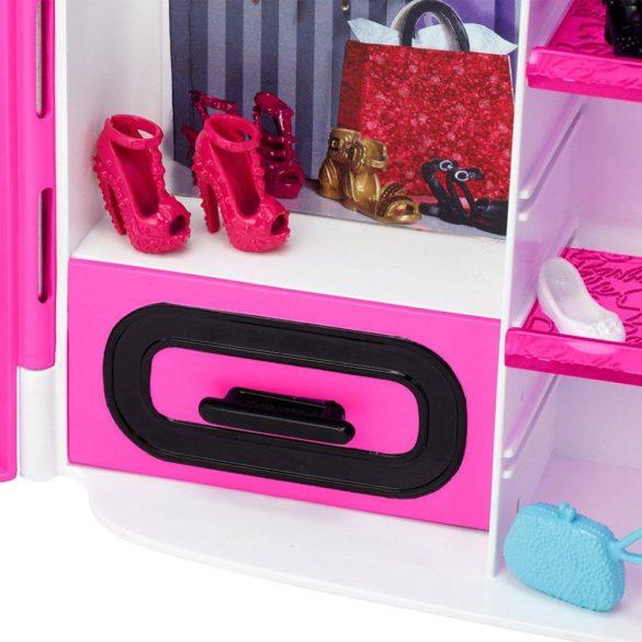 Mobilier Barbie Dulapul Tinutelor Fantastice 5