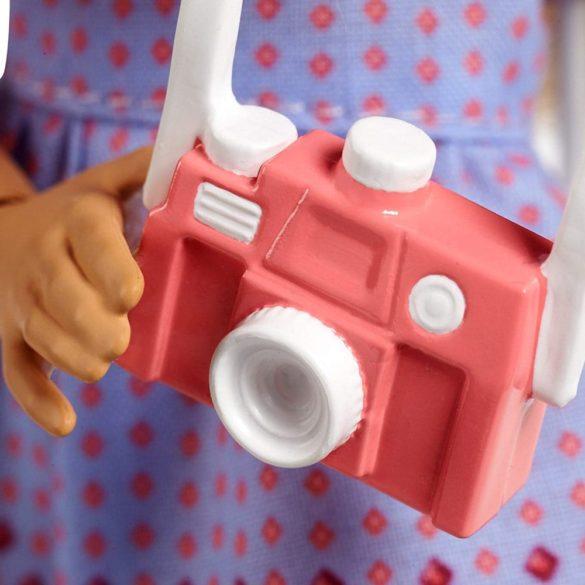 Papusa Barbie si Scuterul Roz Colectia Pink Passport 7