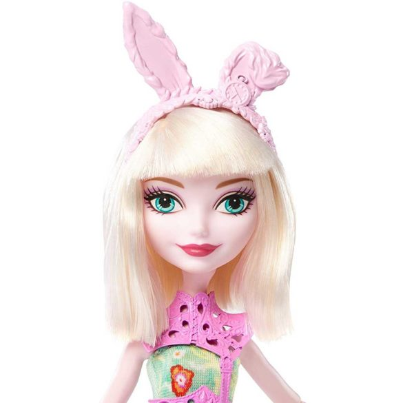 Papusa Bunny Blanc Ever After High Clubul Arcasilor 4