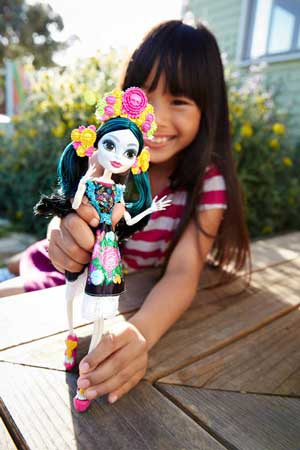 Papusa Monster High Skelita Calaveras