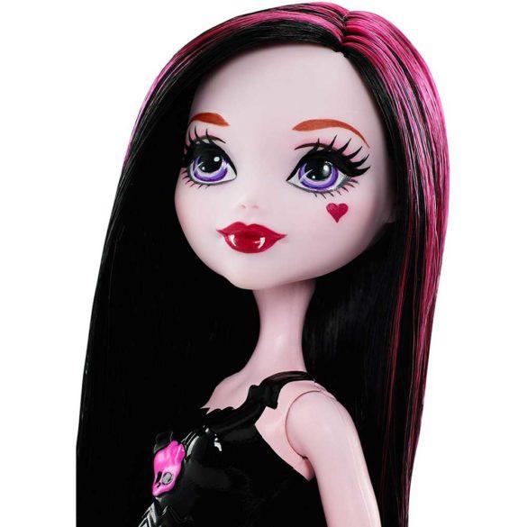 Monster High Colectia Majorete Papusa Draculaura 4