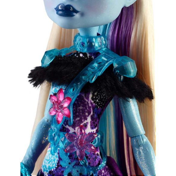 Monster High Petrecerea Elevilor Papusa Abbey Bominable 6
