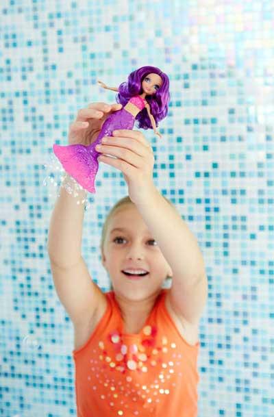 Barbie Dreamtopia Papusa Sirena Mov cu Baloane de Sapun