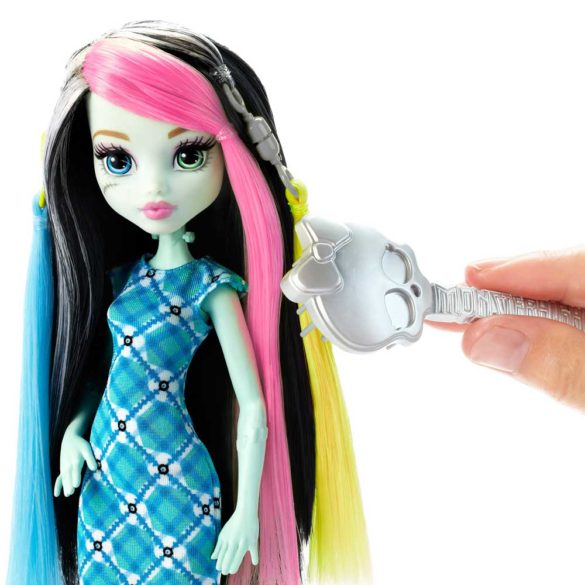 Monster High Papusa Frankie Stein cu Accesorii de Par 4