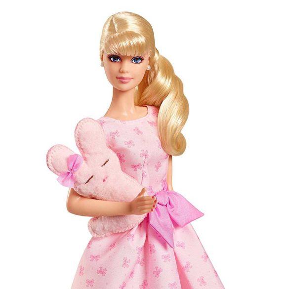 Papusa Barbie de Colectie Este o Fetita 2018 2