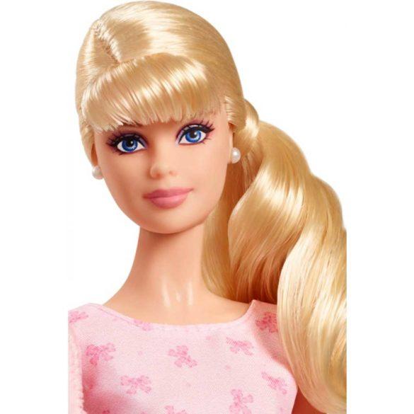 Papusa Barbie de Colectie Este o Fetita 2018 3