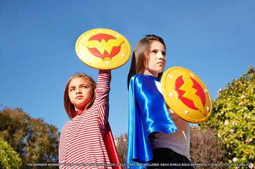 DC Super Hero Girls Scutul lui Wonder Woman de 30 cm