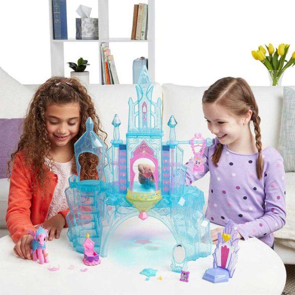 My Little Pony Castelul de Cristal al Printesei Cadance si Flurry Heart 3
