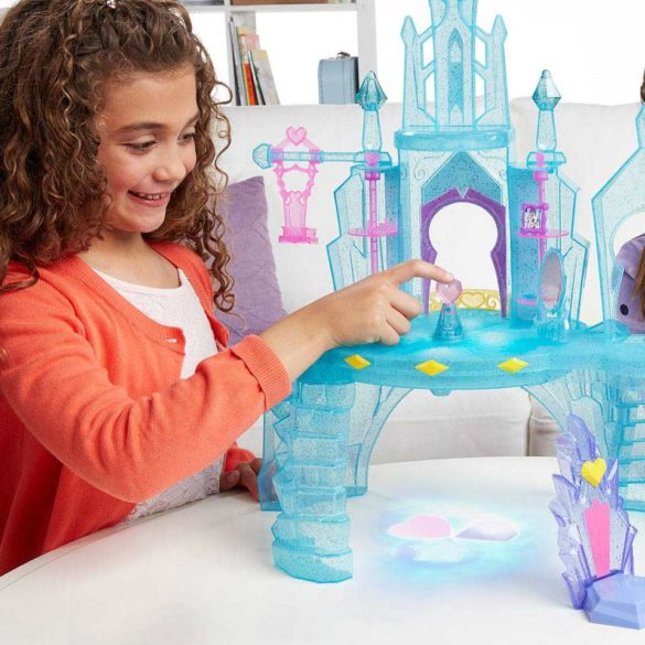 My Little Pony Castelul de Cristal al Printesei Cadance si Flurry Heart 5
