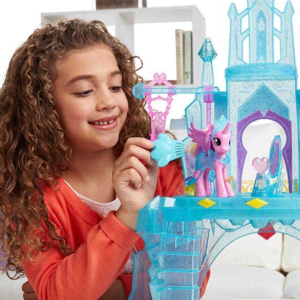 My Little Pony Castelul de Cristal al Printesei Cadance si Flurry Heart 6
