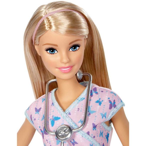 Papusa Barbie Asistenta Medicala 2