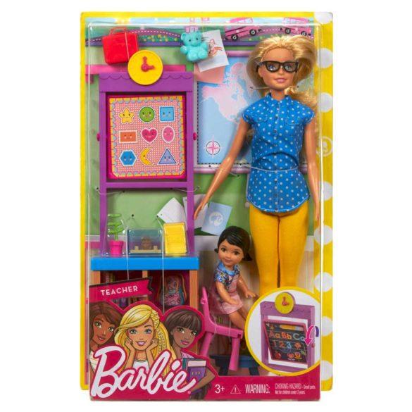 Papusa Barbie si Setul de Joaca Profesoara 7