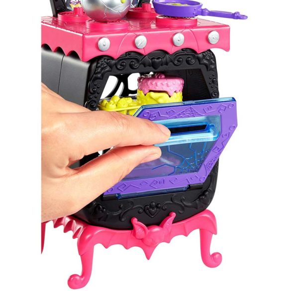 Monster High Bucataria Vampirilor Set de Joaca si Doua Papusi 5