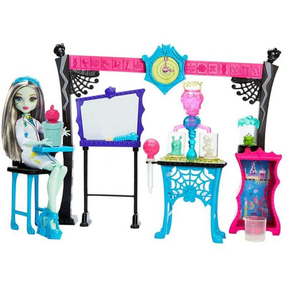 Monster High Laboratorul de Stiinta si papusa Frankie Stein 2