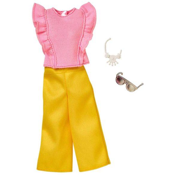 Barbie Hainute Complete Pantaloni Galbeni si Bluzita Roz 1