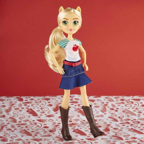 Papusa My Little Pony Equestria Girls Applejack 3