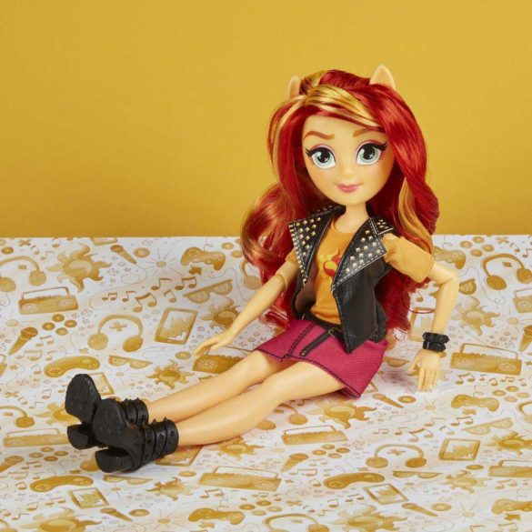 Papusa My Little Pony Equestria Girls Sunset Shimmer 3