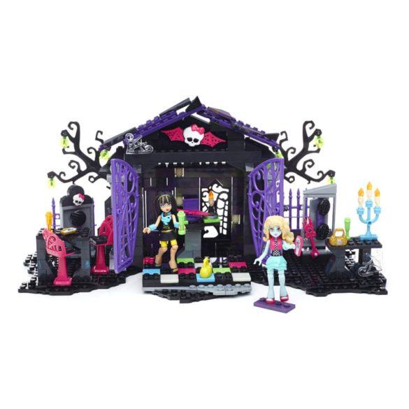 Monster High Mega Bloks Petrecerea din Gradina 5