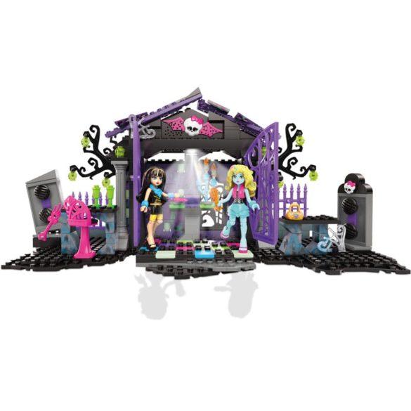 Monster High Mega Bloks Petrecerea din Gradina 6