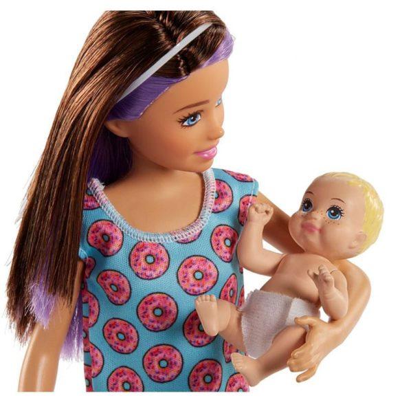 Barbie si Familia Setul de Joaca cu Bebelus Blond 5