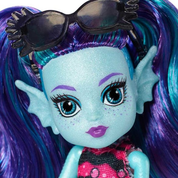 Monster High Monster Family Papusa Ebbie Blue 3