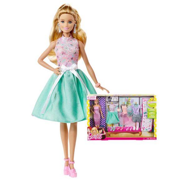 Papusa Barbie si Setul de Tinute 2