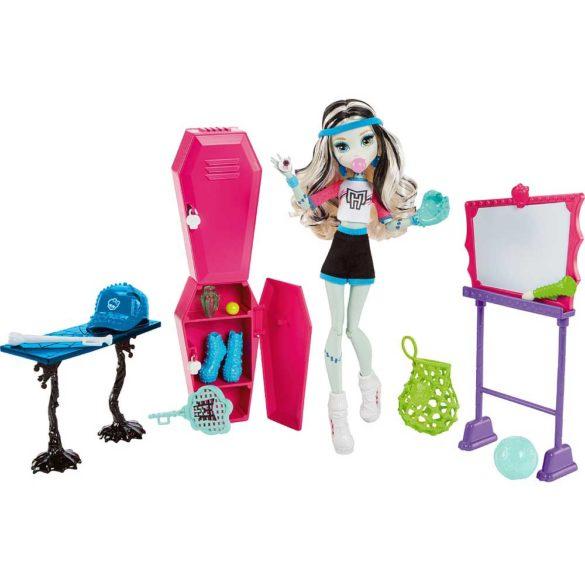 Set de Joaca Vestiarul Monster High si Papusa Frankie Stein 1