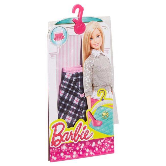 Hainute pentru Papusa Barbie Fustita in Carouri 3