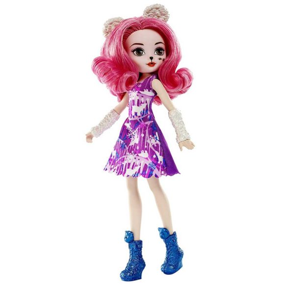 Papusa Pixie Bear Ever After High Epic Winter 1