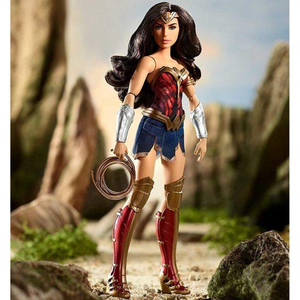 Papusa Wonder Woman cu Lasoul Adevarului 5